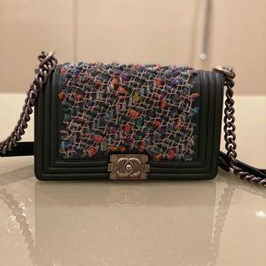 Chanel tweed medium boy bag